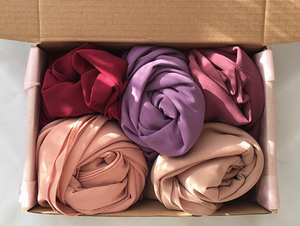 wholesale hijab delivery box